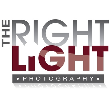 The Right Light Photography logo